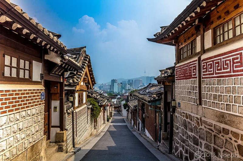 Làng Bukchon Hanok du lịch Hàn Quốc tự túc
