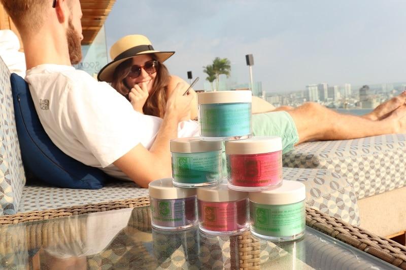 Top 10 hãng sơn móng tay được ưa chuộng